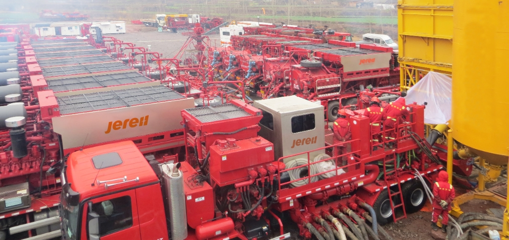 Jereh 130bbl Truck Mounted Sand Blender in Sichuan, China