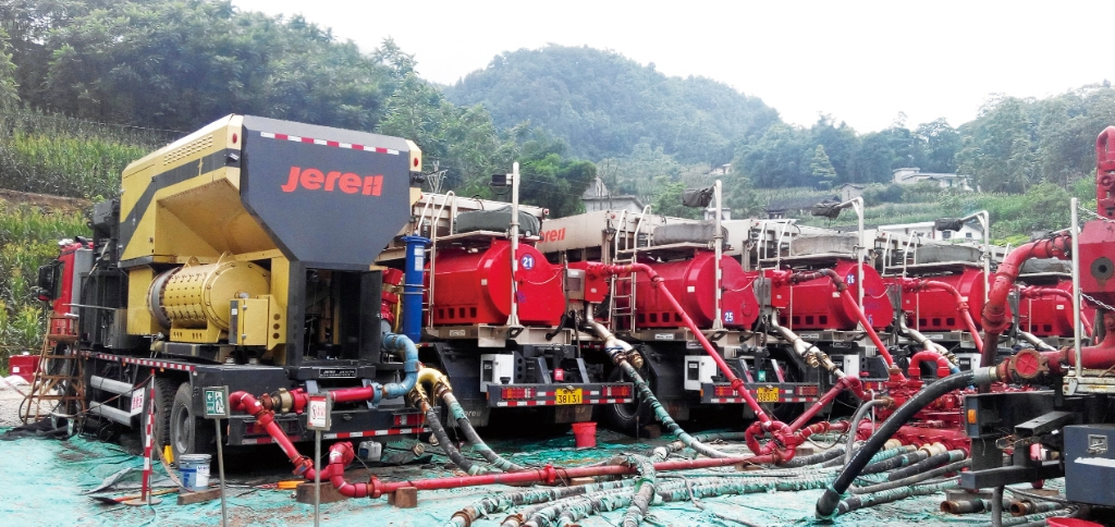 Fracturing unit price,specifications,components_Jereh Oilfield Equipment