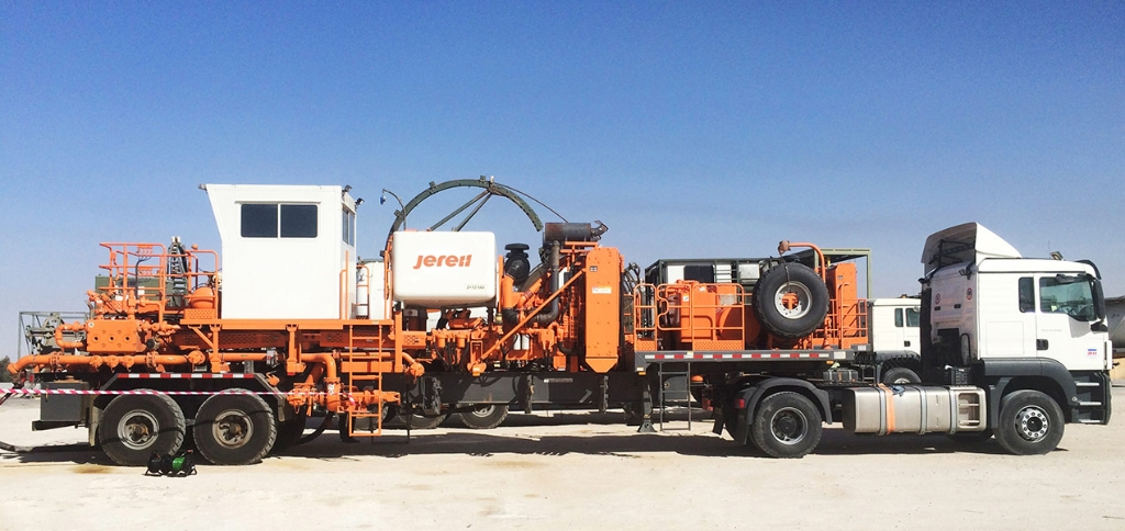 Jereh Trailer Mounted Acidizing Fracturing Unit in Algeria